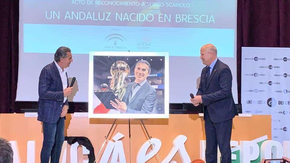 Víctor Jerez, protagonista en el reconocimiento de la Junta a Sergio Scariolo