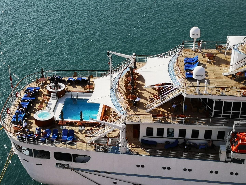 El crucero Wind Surf realiza su segunda visita de julio al Puerto de Almería