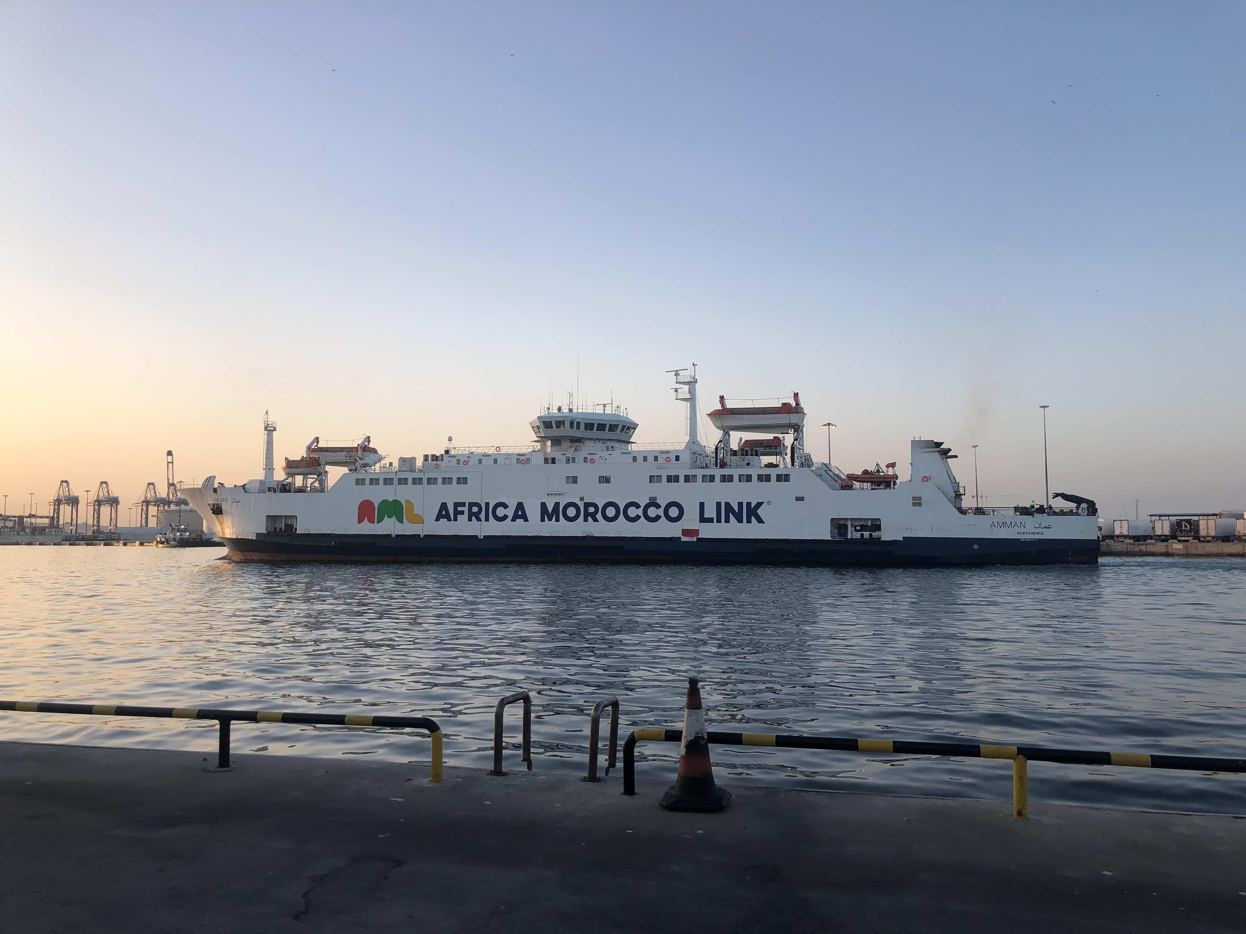 Las navieras que operan en el Estrecho ponen a punto sus flotas