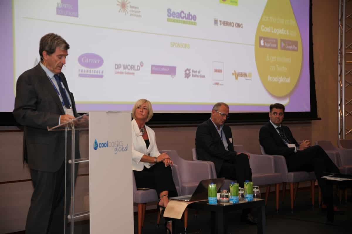 Valencia defiende su enclave portuario como la mejor opción del Mediterráneo para el transporte de productos refrigerados