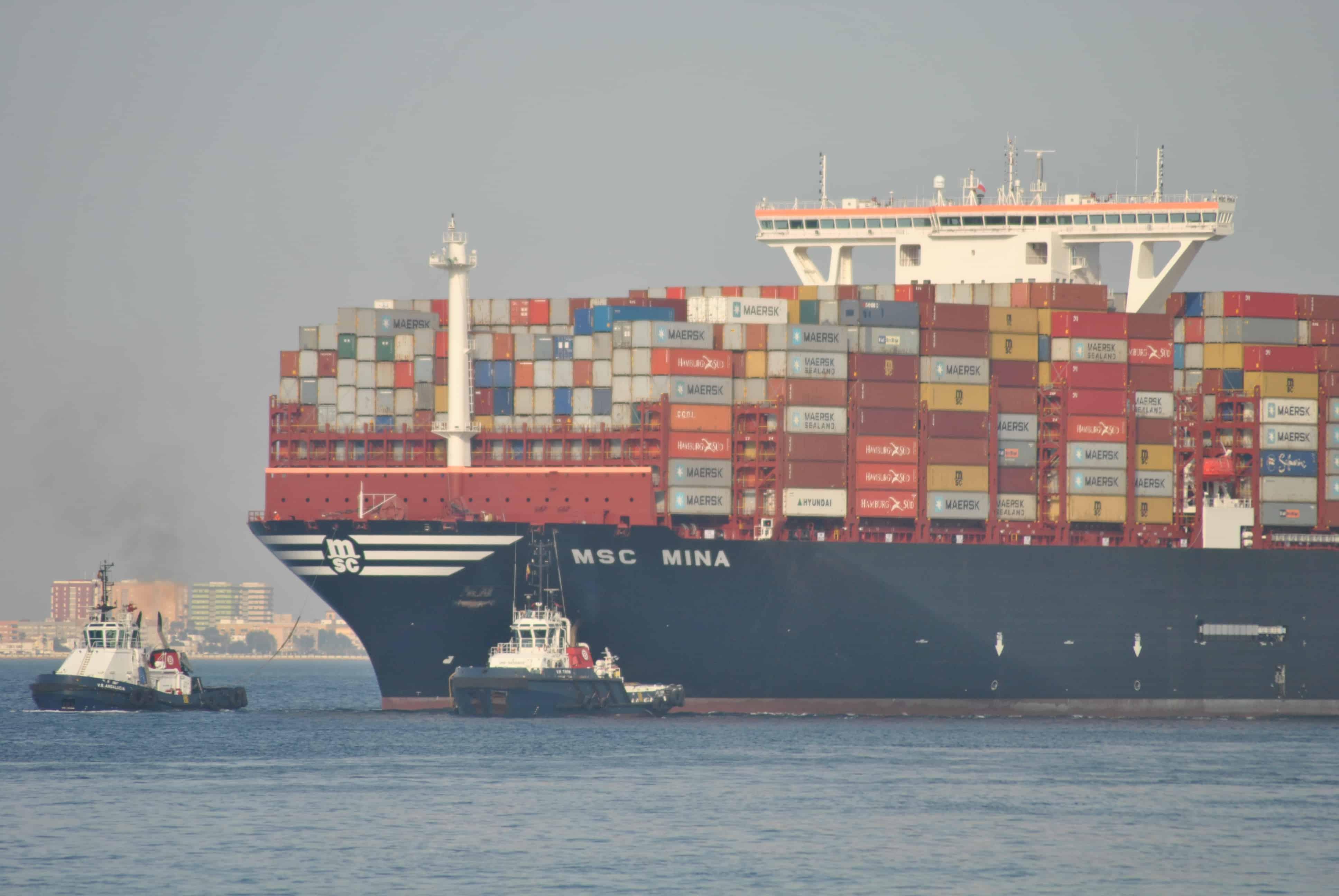 """El MSC Mina """"rompe"""" el récord de su gemelo en el puerto de Algeciras"""