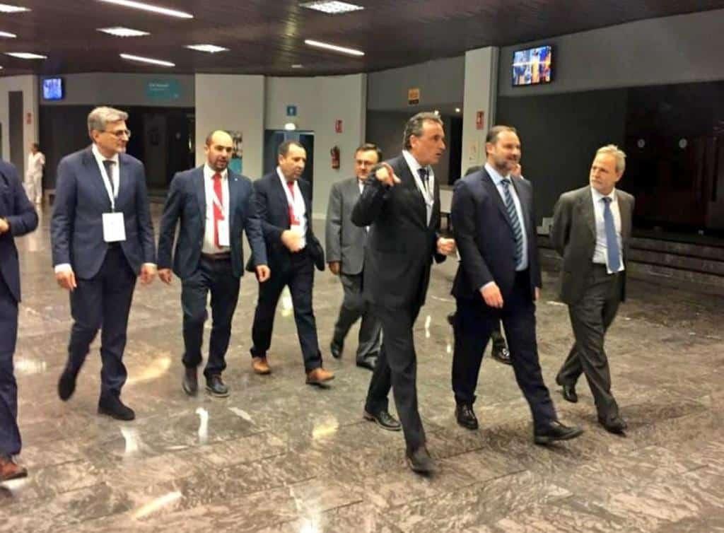 El secretario general de la OMI visita el puerto de Algeciras