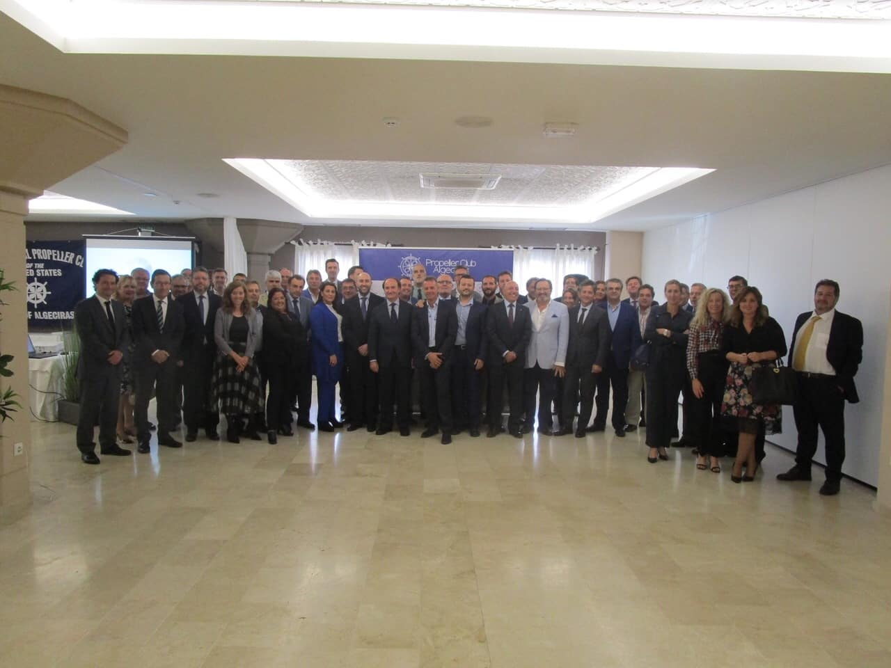 """Landaluce recuerda el """"potencial logístico y portuario de Algeciras"""""""