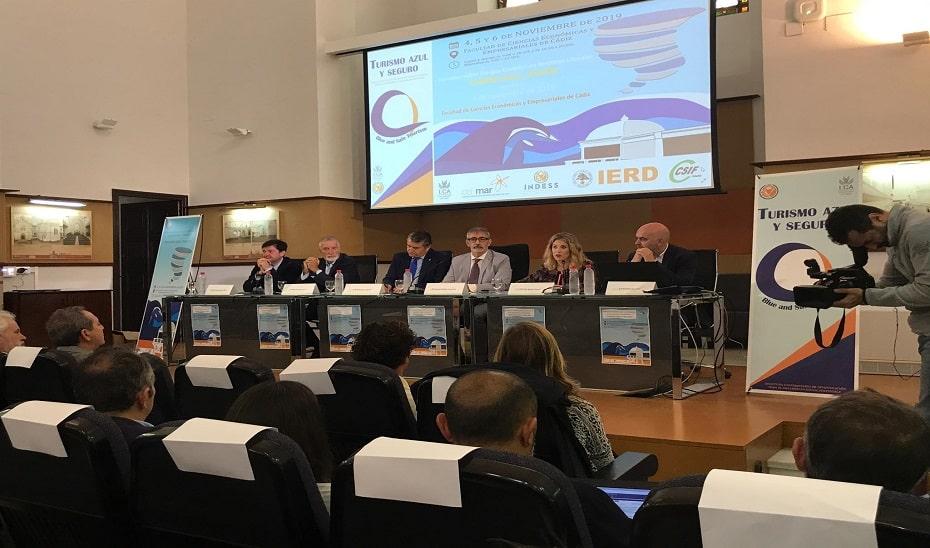Presentadas siete iniciativas para mejorar la seguridad y la protección en la costa andaluza