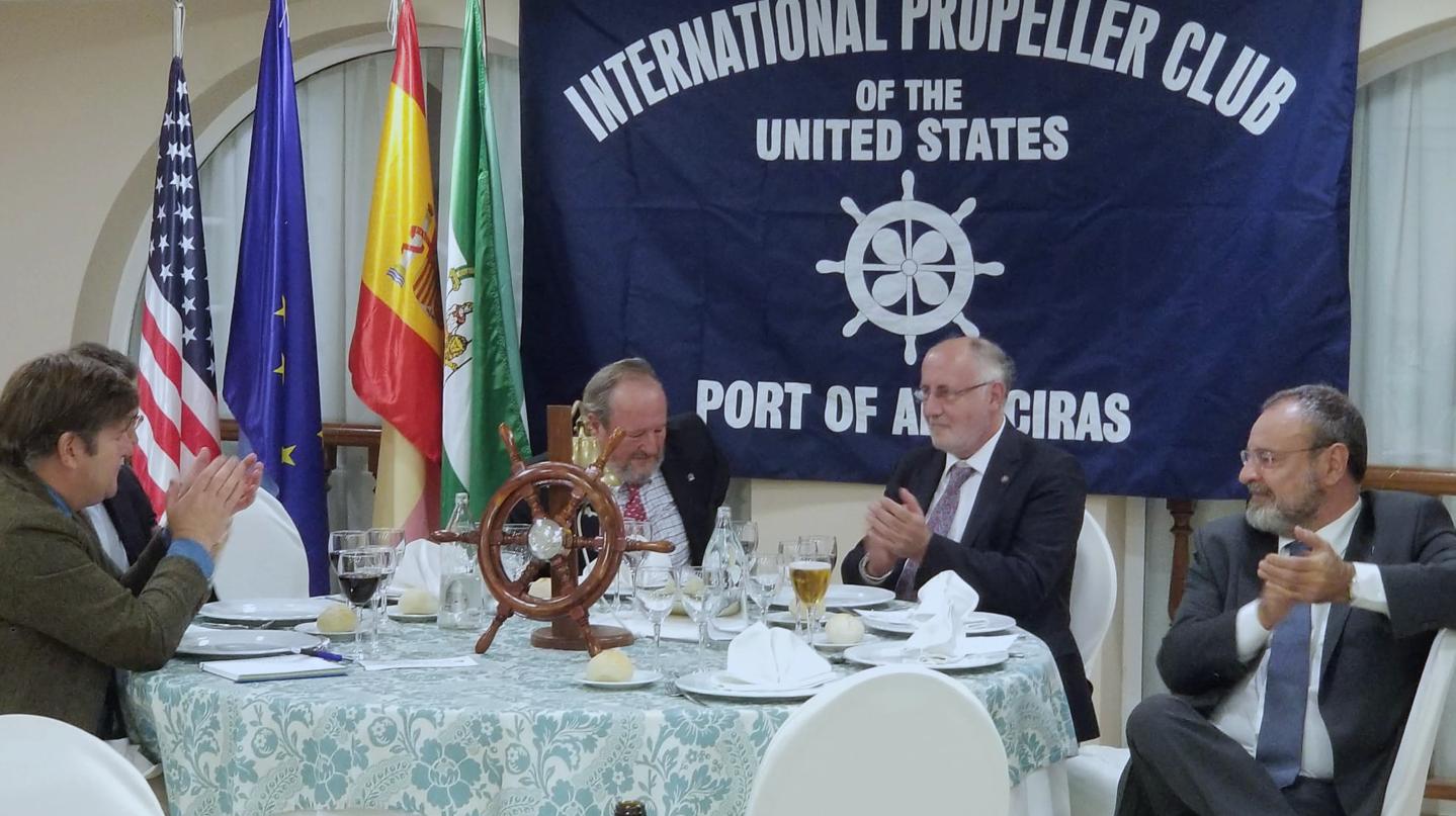 El presidente de los consignatarios de buques españoles habla de la ventanilla única marítima en Algeciras