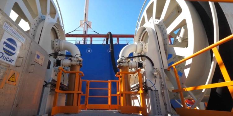 El puerto de Ceuta ha comenzado a suministrar combustible bajo en azufre