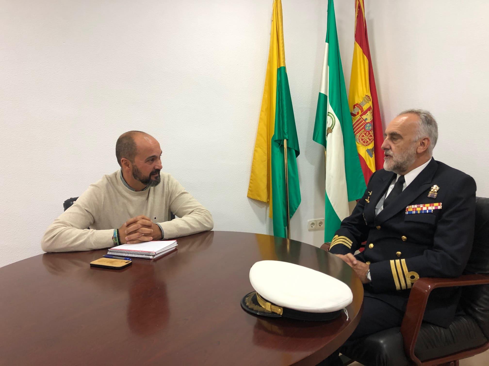 El nuevo comandante naval de Algeciras gira visita a ayuntamientos de la comarca