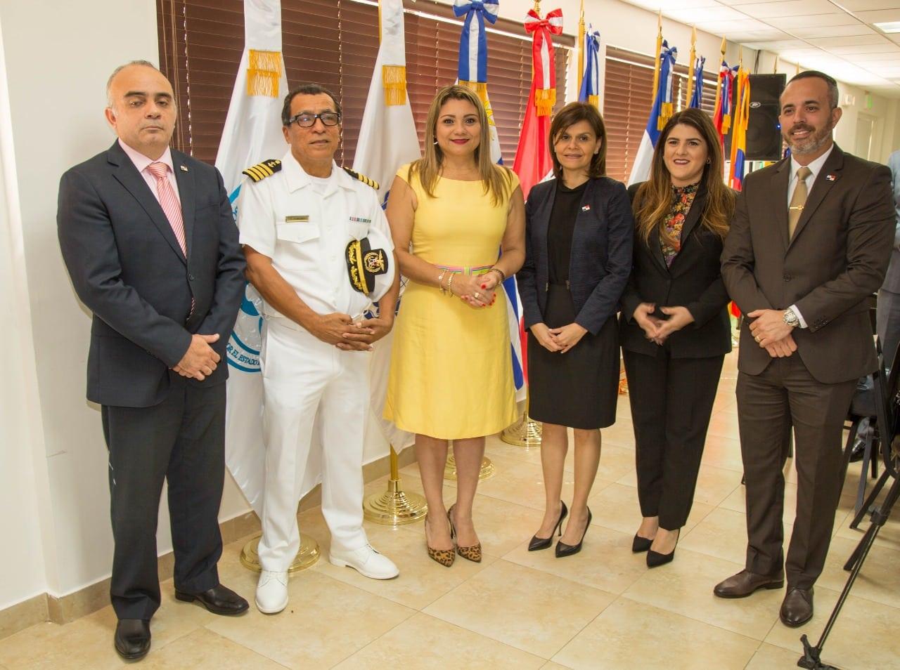"""La Autoridad Marítima de Panamá inicia el programa """"Mi Primera Experiencia Laboral Marítima"""""""