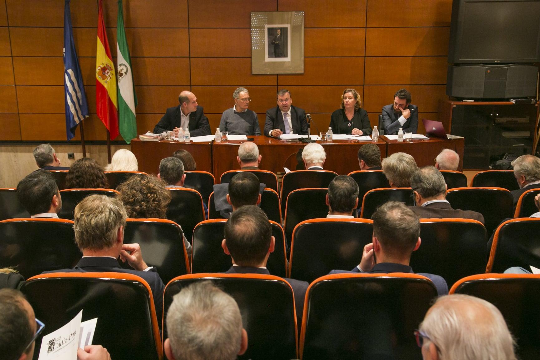 Cádiz-Port apuesta por transformar la Bahía de Cádiz en un polo logístico por excelencia