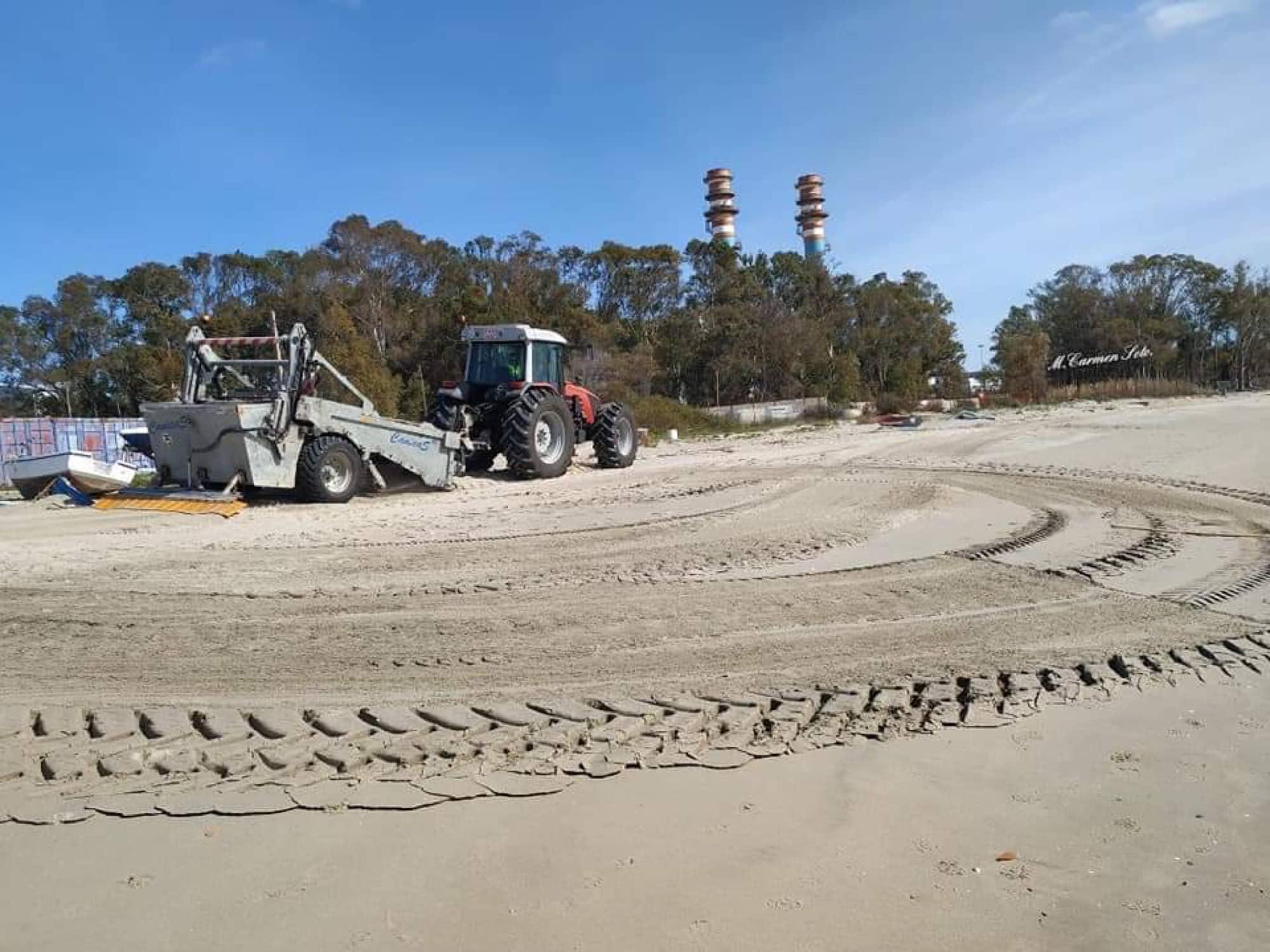 Limpieza de choque en las playas de San Roque