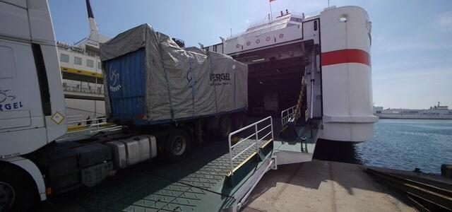 El Puerto de Almería ofrece ventajas económicas extraordinarias a las empresas por la pandemia