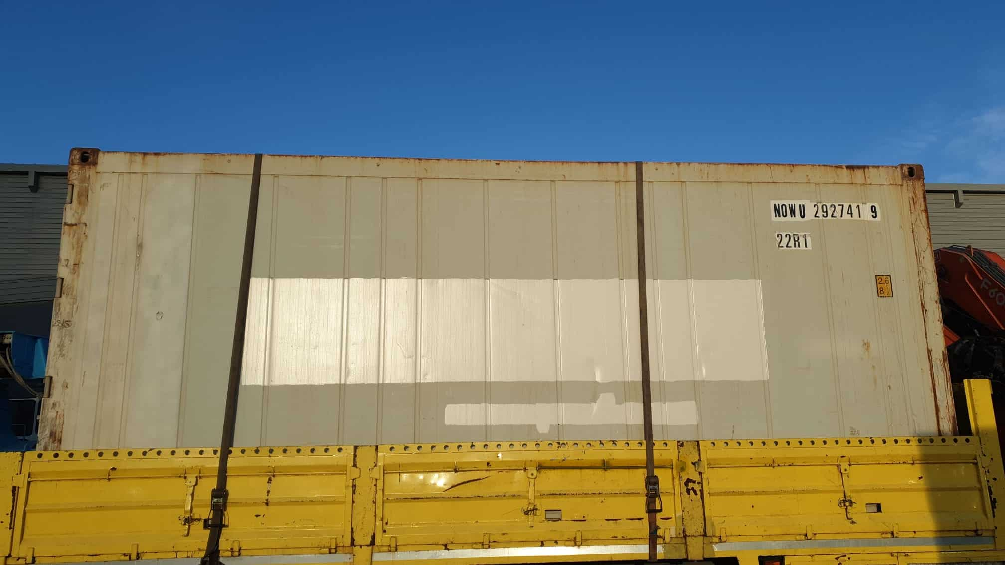 Grupo Piedra y Grupo Alonso facilitan un contenedor de frío a Cruz Roja