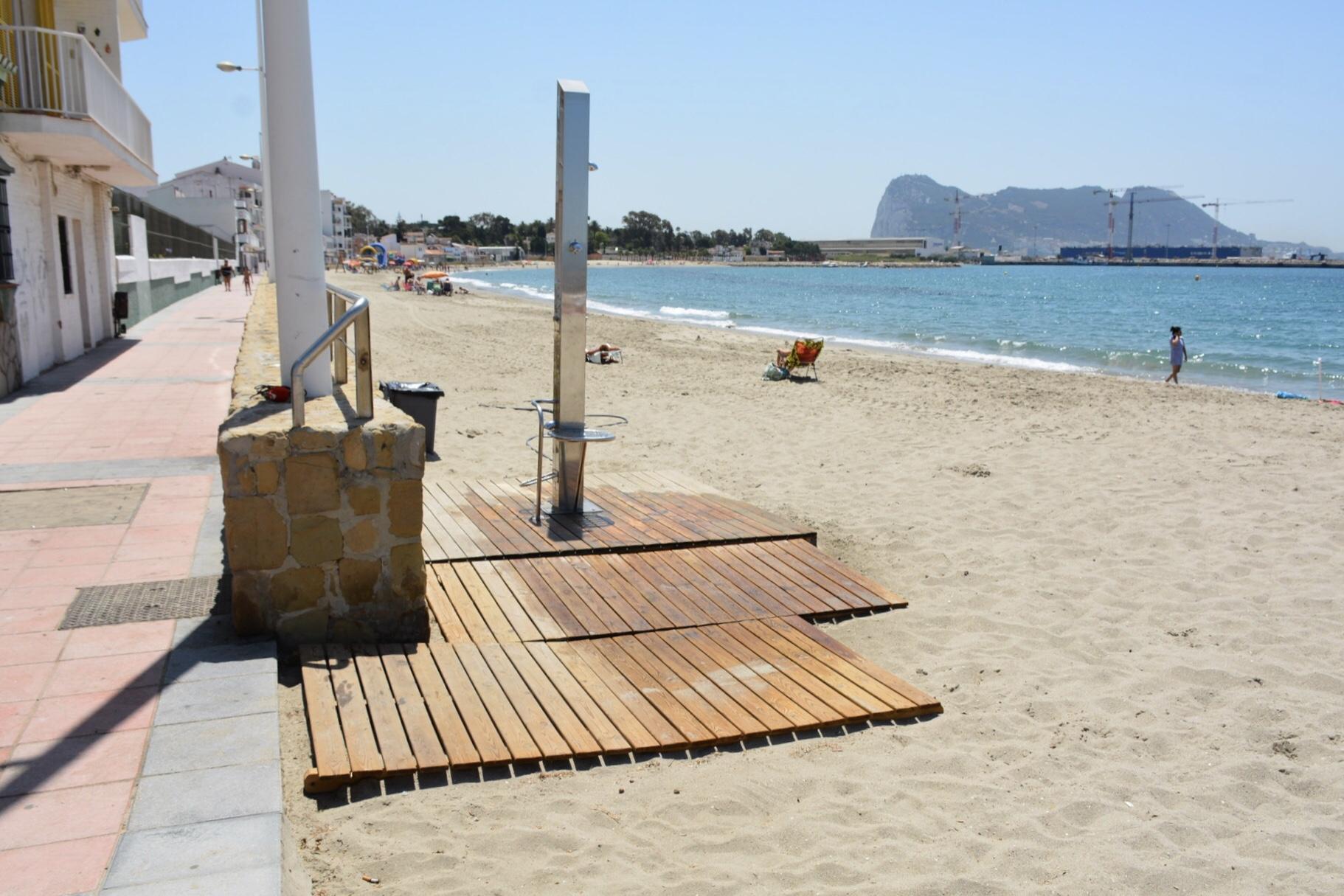 """Ruiz Boix: """"la idea de la Junta de parcelar las playas es como intentar ponerles puertas al campo"""""""