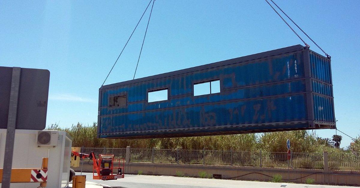 La división de transporte terrestre de Grupo Alonso estrena nuevas oficinas construídas a partir de contenedores