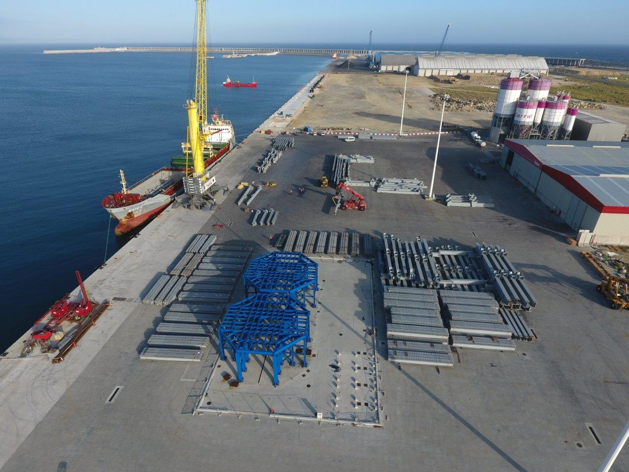 Nueva operativa singular en el puerto exterior de La Coruña