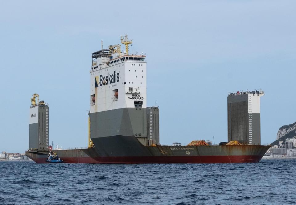 El `monstruoso´ Boka Vanguard, en la Bahía de Algeciras