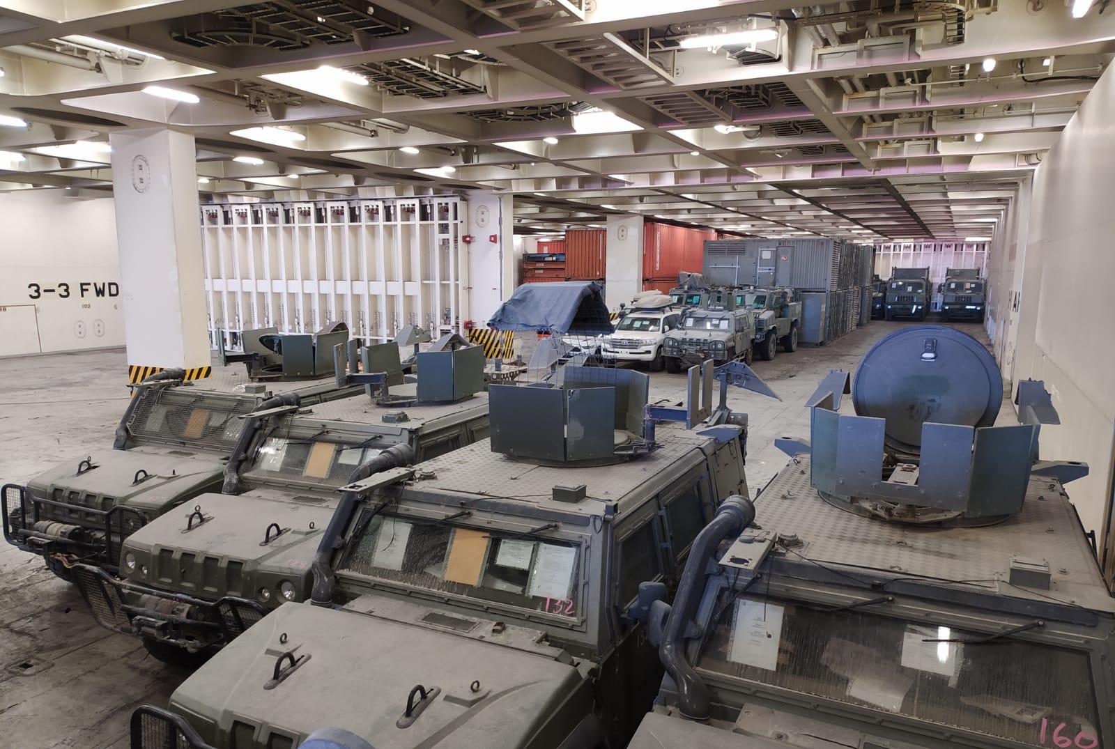 """Llegan al puerto de Castellón vehículos y material militar participante en la Operación """"Inherent Resolve"""""""