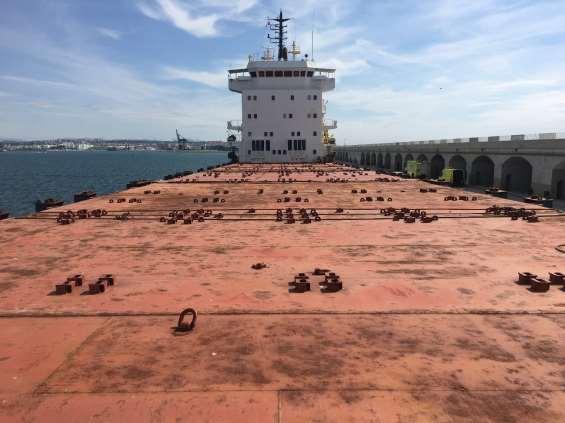 Ocmis Maritime se hace con la subasta del Navi Sky, atracado en el puerto de Tarragona