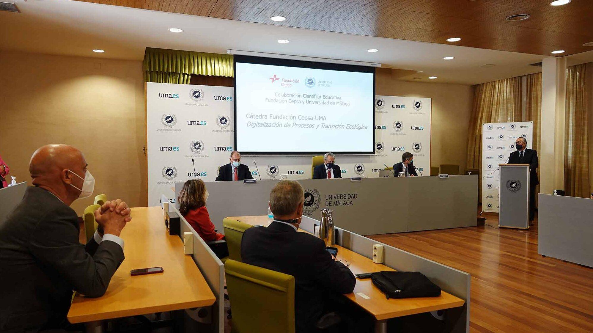 Fundación Cepsa y Universidad de Málaga crean la Cátedra de Digitalización de Procesos y Transición Ecológica