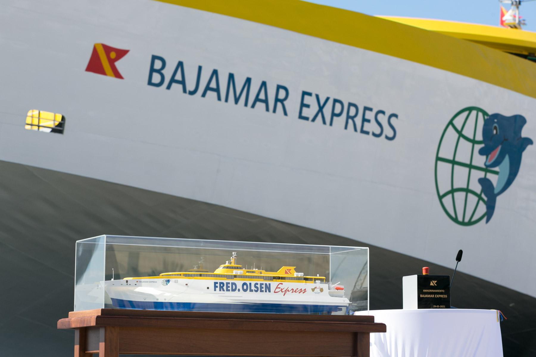 Fred. Olsen celebra el acto de amadrinamiento del Bajamar Express