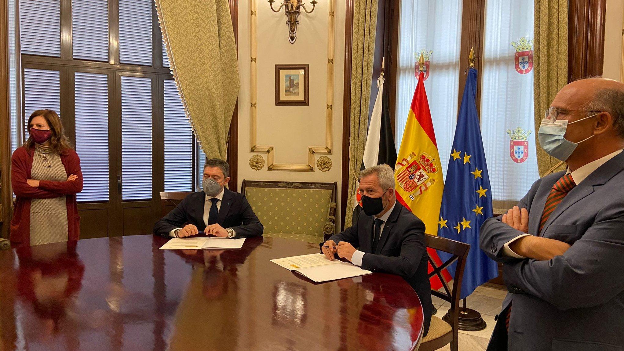 Ceuta avanza en la reapertura del turismo de cruceros