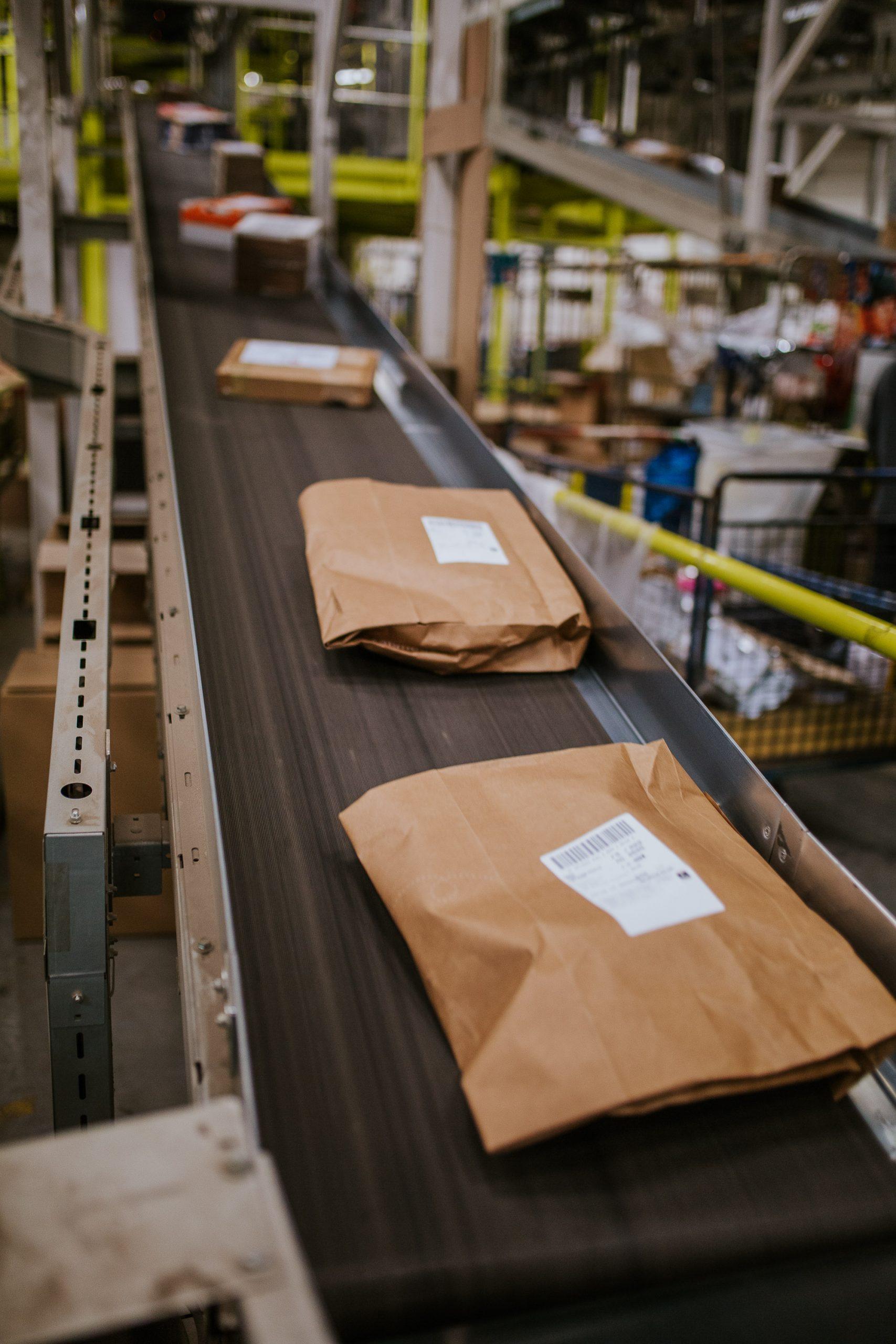 Los servicios de logística vinculados al e-commerce generaron un volumen de ingresos de 2.300 M€ en 2020, un 24,3% más que en 2019