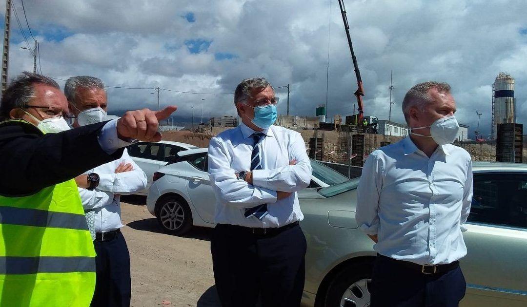 El presidente de Puertos del Estado comprueba de primera mano la problemática del sistema portuario tinerfeño en su visita a la isla