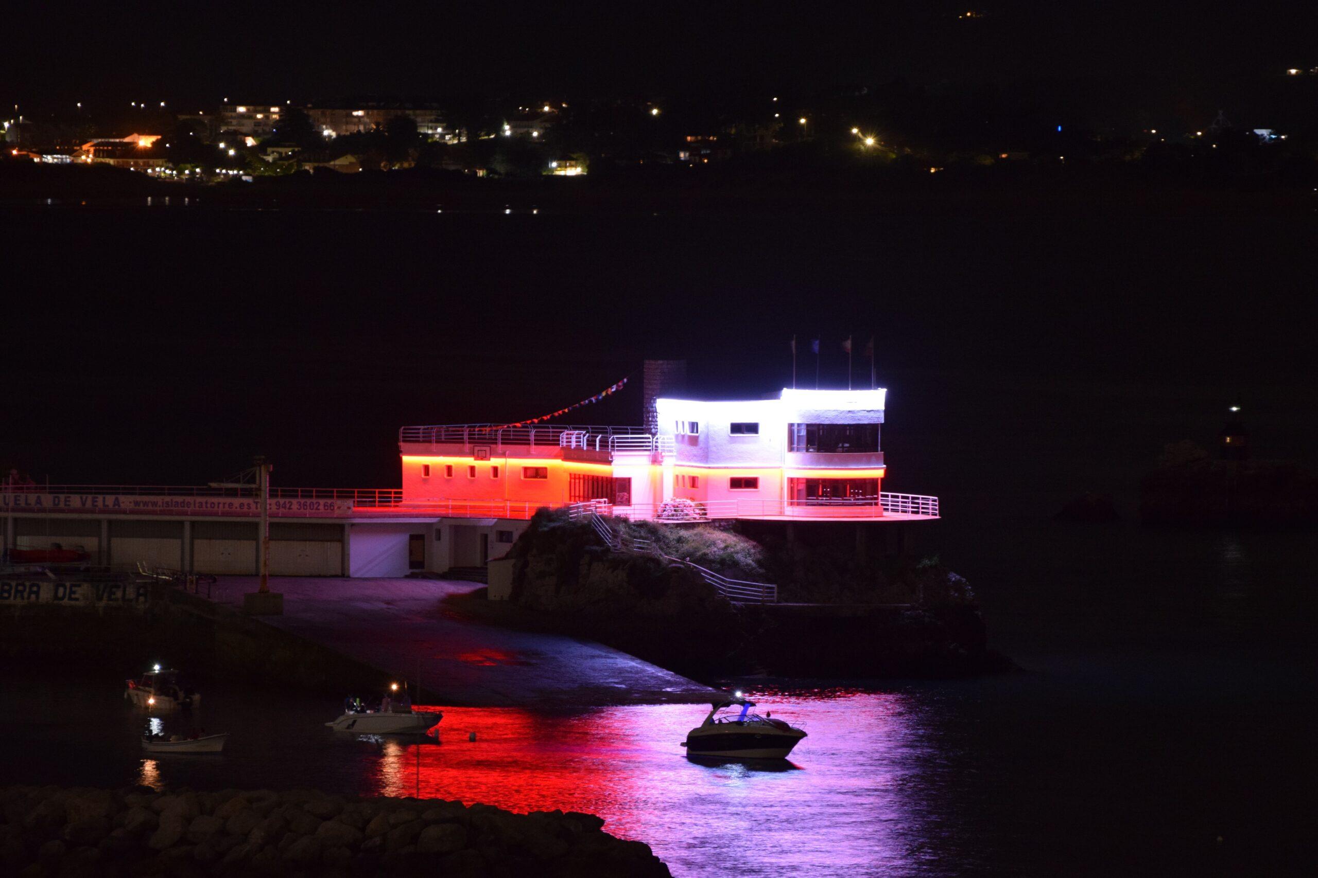 La Autoridad Portuaria de Santander ilumina la Isla de Torre