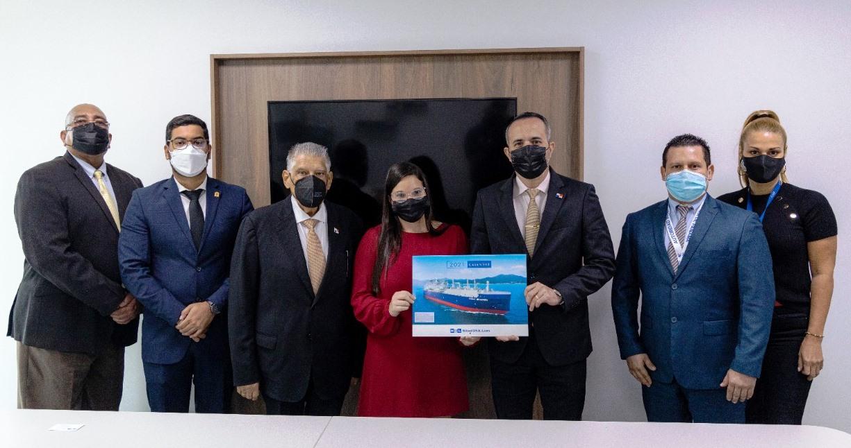 La AMP impulsa la presencia de personal panameño en dos importantes navieras